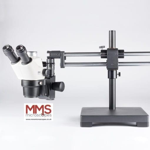 Boom stnad zoom microscope