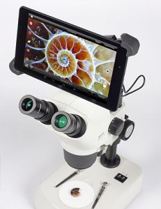 Moticam BTU8 microscope tablet camera with Motic SMZ161