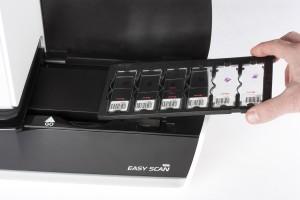 Motic Easyscan microscope slide scanner loading
